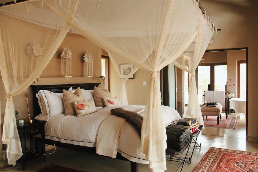 quarto hotel de luxo safari