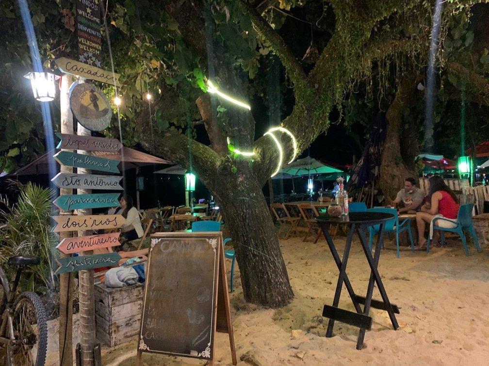 restaurantes em ilha grande